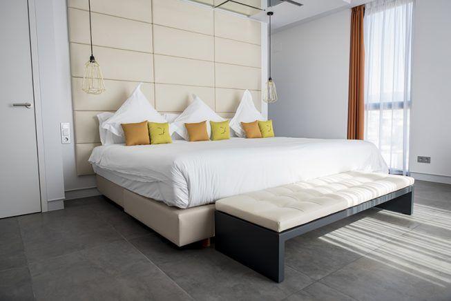 Reforma integral de un duplex en el tico de un hotel en barcelona goian blog - Lucio barcelona decoracion ...